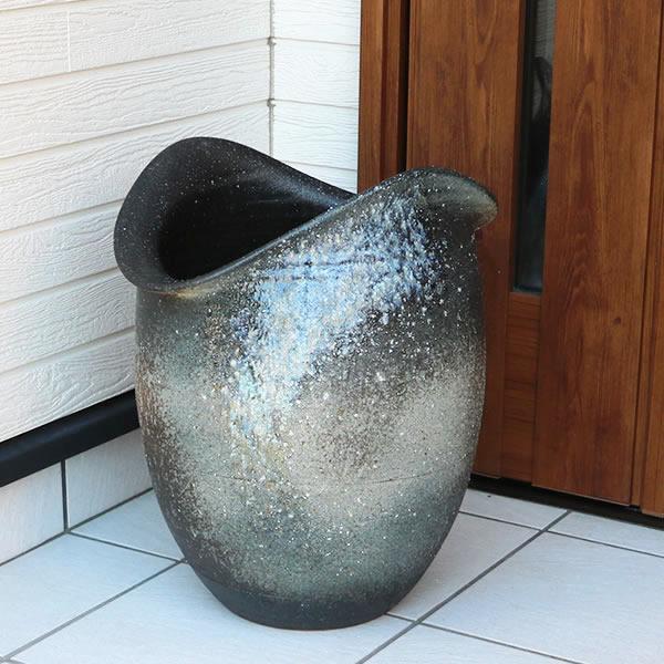【 今だけポイント10倍 】傘立て 陶器傘立て 信楽焼かさたて 和風傘立て 傘入れ 壷 しがらき カサタテ やきもの傘立て かさたて陶器 玄関 花器 花瓶 青ビードロ傘立て kt-0311