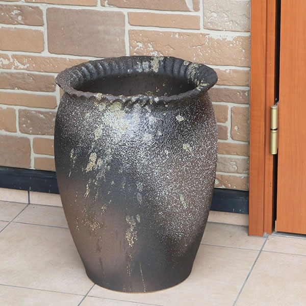 【 今だけポイント10倍 】傘立て 陶器傘立て 信楽焼かさたて 和風傘立て 傘入れ 壷 しがらき カサタテ やきもの傘立て かさたて陶器 玄関 花器 花瓶 つぼ型傘立て kt-0335