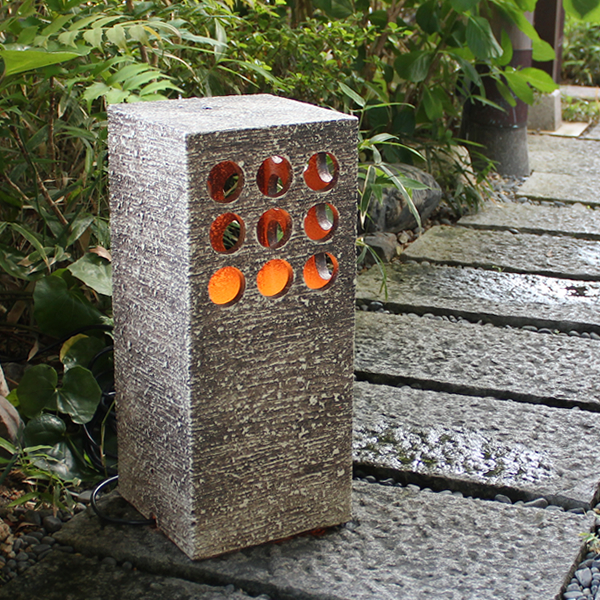 Shigaraki Pottery Garden Lights! Entrance To The Garden Lights Ceramic  Lighting. Pottery Andon Outdoor Lighting / Waterproof Lights / Lamp /  Lighting ...