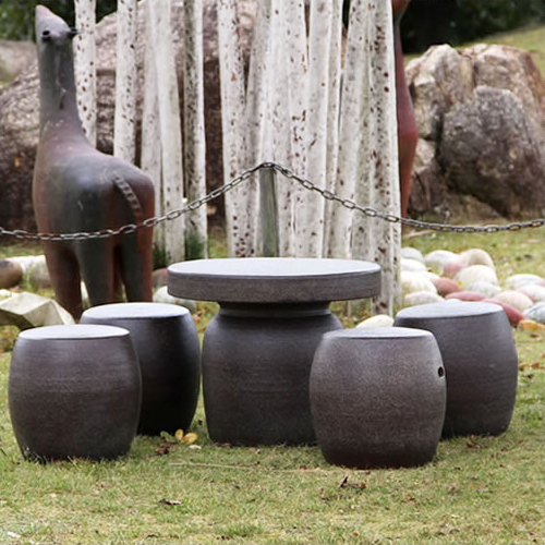 【 今だけ10%OFFクーポン 】送料無料 20号信楽焼ガーデンテーブル 陶器テーブル 焼き物 お庭、ベランダ用庭園セット ガーデンテーブルセット 陶器 イス 信楽焼テーブル ガーデンセット 屋外用 te-0032