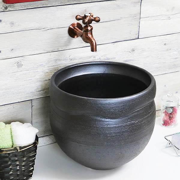手洗い鉢 陶器洗面 信楽焼 洗面ボウル 手洗器 洗面ボール トイレ用 黒色 手洗鉢 陶器 洗面鉢 鉢 手洗い器 鉢 洗面シンク 洗面器 洗面台 ボール 和風 やきもの しがらき 黒 ブラック 丸 深型 tr-1182