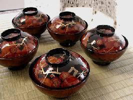 お正月は限定でお作りする特別な吸物椀で…仁清梅蒔絵 吸物椀【送料無料】