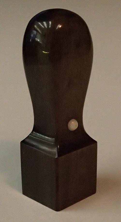 手彫り黒水牛角印24mm角【はん/はんこ/印鑑/角印/会社印/黒水牛/職人彫】