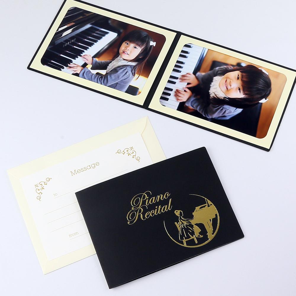 ピアノ教室の先生 親御さんにおすすめ カンタンらくちん 初売り 写真を差し込むだけのポケット台紙 ペーパー フォトフレーム 写真台紙 ピアノ 発表会 女の子 Recital Piano ブラック 2Lサイズ 2面ヨコ おすすめ特集