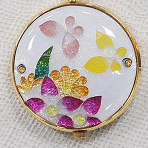 懐中時計 花の香り 花と蝶(白) 着物に似合う存在感 京七宝 懐中時計 記念品・プレゼントにも