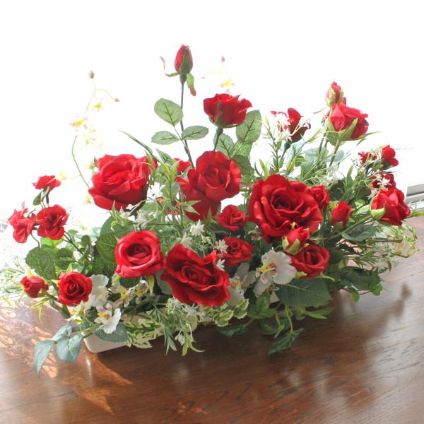 造花 真っ赤なバラとオンシジウムの出窓に飾れるアレンジ シルクフラワー CT触媒