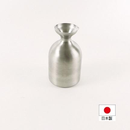 メタル丼シリーズに今回 徳利 が新登場しました 中空2重構造を採用し 熱を逃しにくいので燗酒や冷酒など一定の温度を維持したい日本酒には最適のマストアイテムです 送料無料 Baby1合 海外並行輸入正規品 1年保証 代引き不可商品 メタル丼