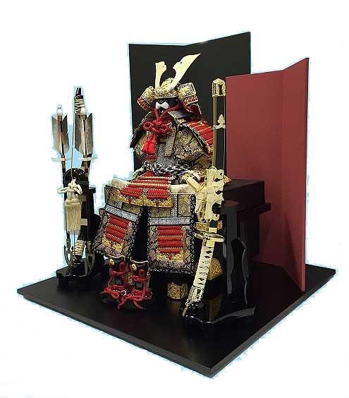 五月人形 五号 輝竜:大鎧 親子屏風平飾り