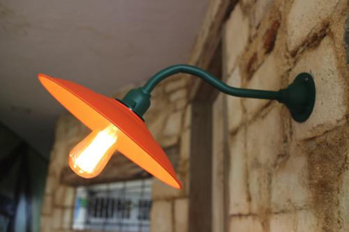 インダストリアル ブラケットライト オレンジ系A型【送料無料】1点もの 室内照明 壁掛けライト ブラケット照明 屋外照明 照明 LED みかん 子供部屋 ブラケットライト アンティーク レトロ 照明器具 おしゃれ