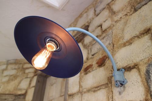 インダストリアル ブルー系C型【送料無料】子供部屋 ブラケットライト 室内照明 壁付け 照明 壁掛けライト ブラケット照明 屋外照明 LED 赤 レトロ 照明器具 おしゃれ 05P01Mar15