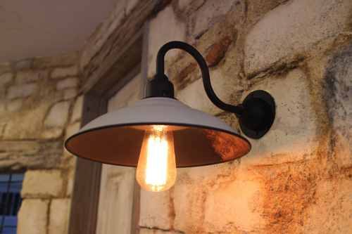 インダストリアル ライト グレー系英字新聞加工D型【送料無料】1点もの ブラケットライト 室内照明 壁掛けライト ブラケット照明 屋外照明 照明 LED アンティーク 玄関照明 おしゃれな照明 ガーデンライト