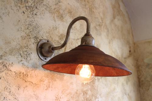 インダストリアルライト サビサビ系D型【送料無料】1点もの ブラケットライト 室内照明 壁掛けライト ブラケット照明 屋外照明 照明 LED アンティーク 玄関照明 おしゃれな照明 ガーデンライト