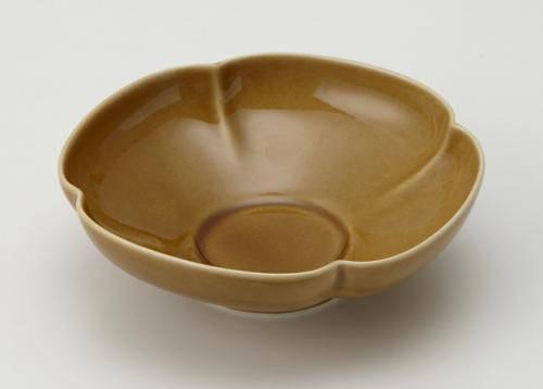 35%OFF 瑞々 小野里奈×小田陶器×miyama 深山 miyama. 価格 14cm うす飴 木瓜鉢5寸