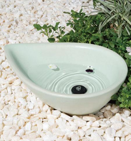【主張すぎないシンプルさの中にも高級感が漂う陶芸ポット、ガーデンオブジェ】 陶芸 ポット(水受け) ティアドロップ フレスコブルー ユニソン 水鉢
