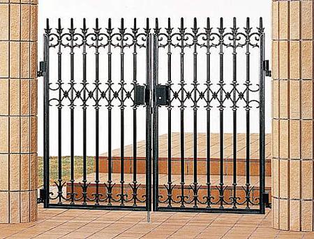 南欧風 アイアン 門扉 門柱タイプ ファンセル5型 両開き タッチ錠 鋳物 0812 三協立山