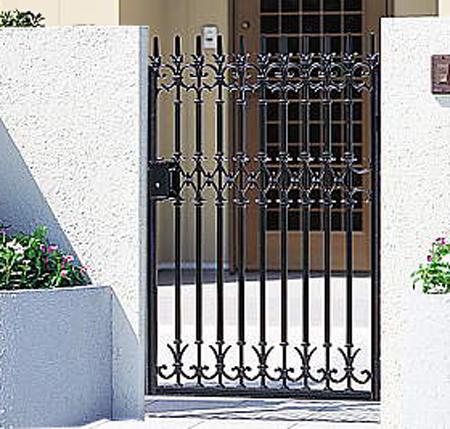 南欧風 アイアン 門扉 片開き 門柱タイプ ファンセル5型 タッチ錠 鋳物 0812 三協立山