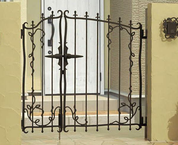 南欧風 アイアン 門扉 両開き 親子 鋳物 プロヴァンス 5型 門柱タイプ 0410+0810 APR-5 三協立山