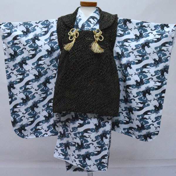 七五三 3歳 3才 三歳 三才 男の子 男児 被布 着物フルセット 生地は日本製 おりびと 白地 新品(株)安田屋 r350138911