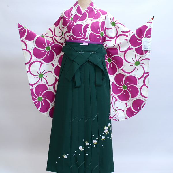 二尺袖着物袴フルセット 着物生地:日本製 卒業式に 新品(株)安田屋 b239889586