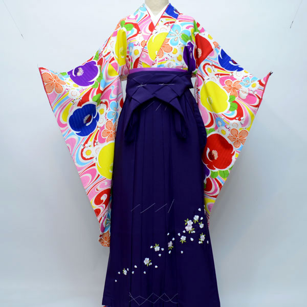 着物袴セット ジュニア用 145cm~154cm 生地:日本製 ブランド:Lako Kura 卒業式にどうぞ! 新品(株)安田屋 m174881876