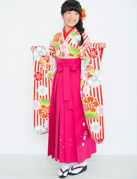着物袴セット ジュニア用 145cm~154cm 着物ブランド:小町 半衿の色は白地 卒業式にどうぞ! 新品 (株)安田屋 r203224751