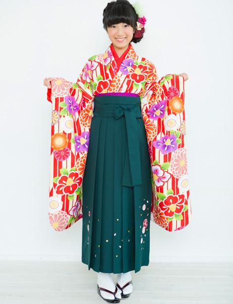 着物袴セット ジュニア用 145cm~154cm 着物ブランド 小町 半衿の色は白地 卒業式にどうぞ! 新品 (株)安田屋 d332378260