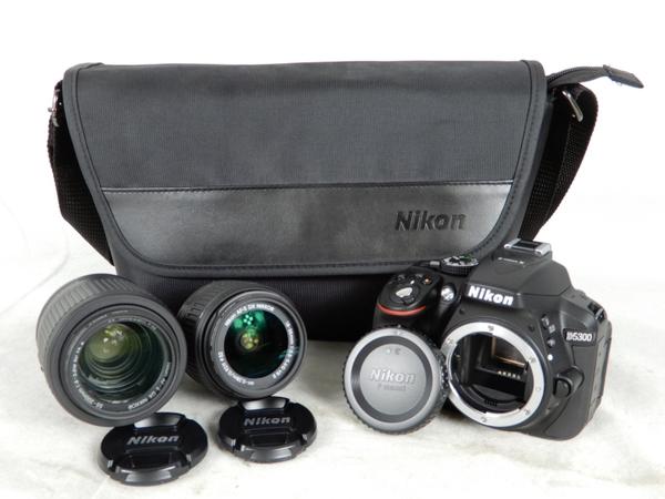 【中古】 良好 Nikon ニコン D5300 ダブルズームキット ブラック デジタル 一眼レフ カメラ K3555558