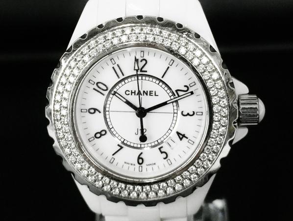 【中古】 CHANEL シャネル J12 H0967 クォーツ ベゼルダイヤ 白セラミック ホワイト レディース 腕時計 T3808362