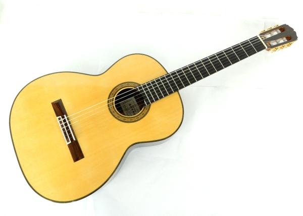 【中古】 SAKURAI KOHNO PROFESSIONAL-J ギター ケース付 弦楽器 楽器 Y3607430