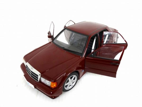 【中古】 AUTOart mercedes-benz メルセデス ベンツ 190E 1/18 フィギュア O3243490