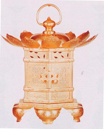 猫足金灯篭 銅地金箔押(神前灯篭)15cm