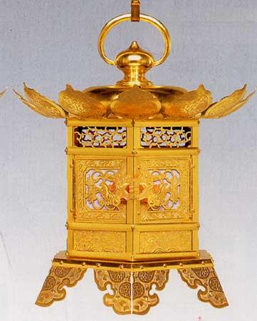 蝶足金灯篭(銅地金箔押)15cm
