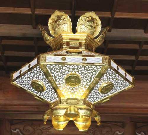六角菱灯籠 大谷派本山大門型90cm