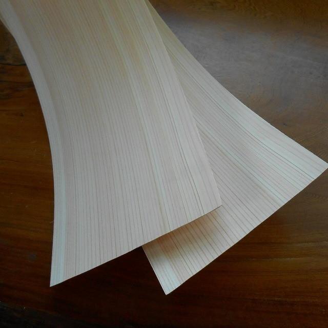 ◆在庫限り◆ 古い柱などに貼れば簡単に綺麗な桧柾柱に変身です ついに再販開始 送料無料 桧 柾目 突板 ウッドシール ■5枚セット 2000mm×120mm×0.5mm 通常商品