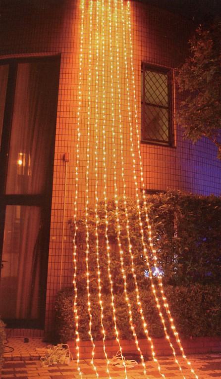 コントローラー付き768球電球色 点滅防雨カーテンライト LEDイルミネーションライト/LED電球色/シルバーコード/コネクター付/コントローラー付 (お取り寄せ)
