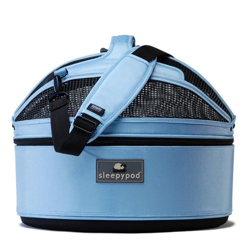 【クーポン利用で200円OFF!】Sleepypod (スリーピーポッド) カラー:Sky Blue(スカイブルー)【ペット用品】お出かけ 車 ドライブ モバイルペットベッド 移動型ベッド キャリーバッグ カーボックス ドライブボックス 犬用 猫用 ペット用