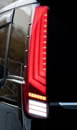 【クーポンで最大2000円OFF】TOM'S LED TAIL LAMP トヨタ エスクァイア ハイブリッド ZWR80G用 (81500-TZR80)【電装品】トムス LED テールランプ