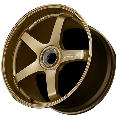 ホイール: YOKOHAMA ADVAN Racing GT ホイールサイズ: 9.0J-20 & 11.5J-20 ホイールカラー: レーシングゴールドメタリック(RGP) 20インチ4本セット【ホイール単品】