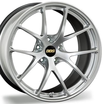 ホイール: BBS RI-A ホイールサイズ: 8.0J-18 タイヤ銘柄: BRIDGESTONE REGNO GR-XII タイヤサイズ: 215/45R18 タイヤ&ホイール4本セット【18インチ】