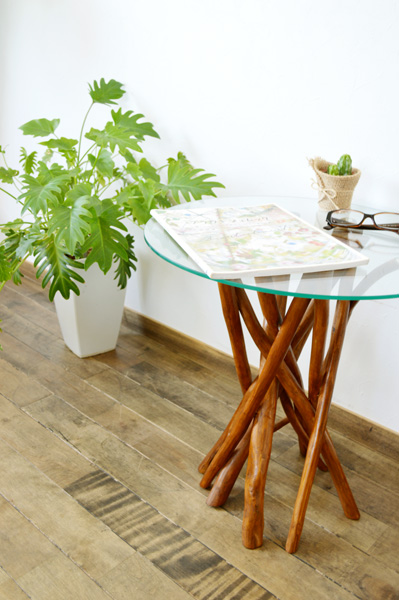 アジアン家具 バリ (チーク ヴィオラ ガラステーブル(ナチュラル)) サイドテーブル ガラステーブル 丸テーブル 花台 木製 チーク材 エスニック リゾート