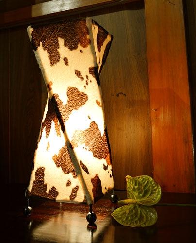 アジアン 家具 雑貨 新作製品、世界最高品質人気! 照明 インテリア エスニック おしゃれ リゾート フロアライト 牛柄 販売実績No.1 アニマル柄トルネードランプM 間接照明 テーブルランプ スタンドライト