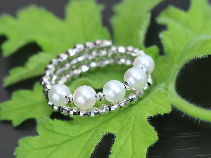 ★クーポンで20%OFF対象★パール・真珠3.5mm 5珠のアコヤが艶めく 形状記憶ワイヤーでサイズ自在調整可能 K18WG リング 指輪 受注品/Ycollectionワイコレクション/送料無料