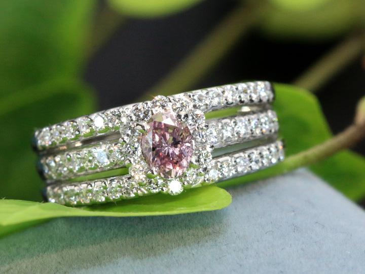 ★クーポンで40%OFF対象★ピンクダイヤモンド 大粒0.305ct FANCY PINK ダイヤモンド取り巻き0.50ct PT900 リング 指輪 1点もの/Ycollectionワイコレクション/送料無料