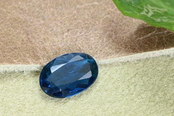 アフガナイト 0.52ct ルース 裸石 稀少石 レアストーン 濃厚な青・コバルトブルー 1点もの/Ycollectionワイコレクション/送料無料