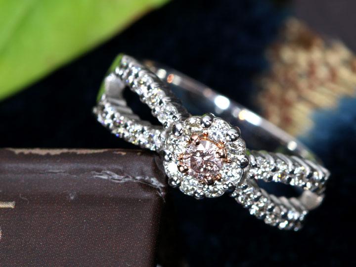 ★クーポンで40%OFF対象★ピンクダイヤモンド 0.103ct FANCY LIGHT BROWN PINK ダイヤモンドデコレーション華やか K18WGホワイトゴールド リング・指輪 1点もの ソーティング付/Ycollectionワイコレクション/送料無料
