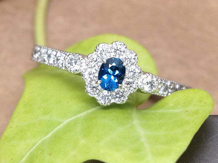 ★クーポンで40%OFF対象★アフガナイト 0.129ct 濃厚な青 シックな青 ダイヤモンド0.32ct取り巻き PT900 プラチナ リング・指輪 1点もの/Ycollectionワイコレクション/送料無料