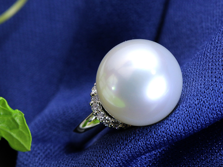 ★クーポンで40%OFF対象★純白の上品さ 白蝶真珠12.5mm 万能に使えるPT900パールリング 指輪 1点もの/Ycollectionワイコレクション/送料無料
