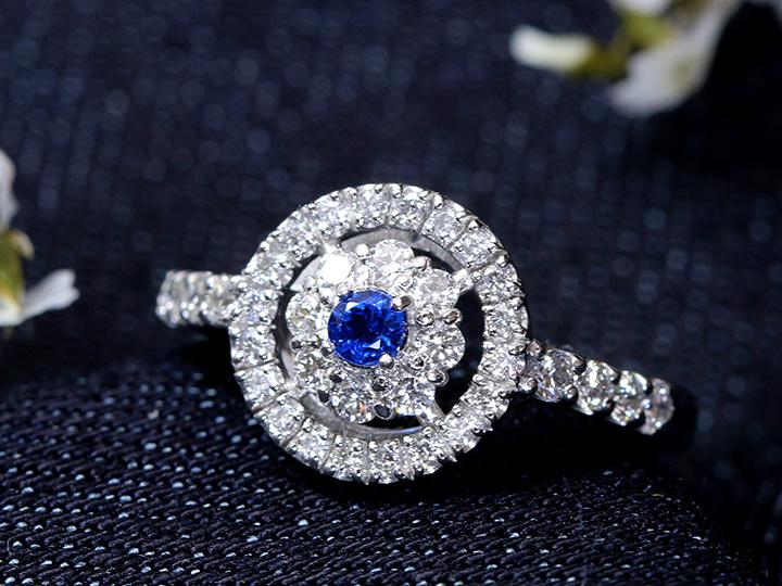 ★クーポンで40%OFF対象★ドイツの稀少石アウイナイト・明瞭なコバルトブルーカラーを無色透明度高きダイヤ0.54ct取り巻きPT900リング 指輪 1点もの/Ycollectionワイコレクション/送料無料
