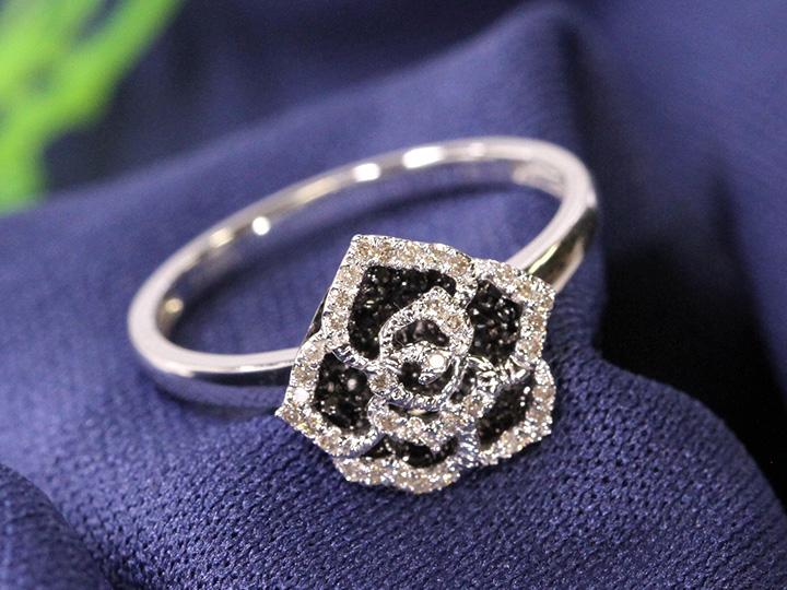 ★クーポンで20%OFF対象★ブラックダイヤモンドの上品なバラ薔薇モチーフ立体的K18WGリング 指輪(各地金素材対応可能)店頭で人気!受注品/Ycollectionワイコレクション/送料無料