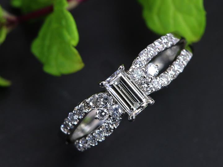 ★クーポンで40%OFF対象★高い透明度!角ダイヤモンド 0.313ct H SI1上品な風格PT900リング 指輪 1点もの ソーティング付/Ycollectionワイコレクション/送料無料